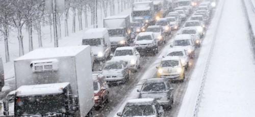 Мэрия Уфы уверяет, что коммунальные службы города готовы к снегопадам
