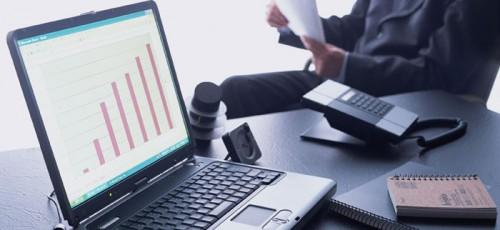 Средний доход директора по закупкам в компаниях промышленности в Уфе составляет 110 тысяч рублей