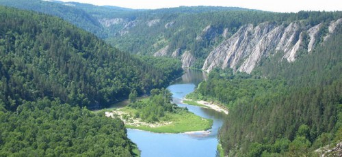 Законодательные нормы и нечеткость концепции мешают развитию туризма в республике