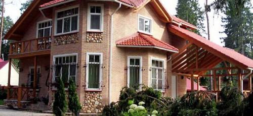 Обустройство территории перед загородным домом может обойтись уфимцам от 150 до 5 000 рублей за квадратный метр