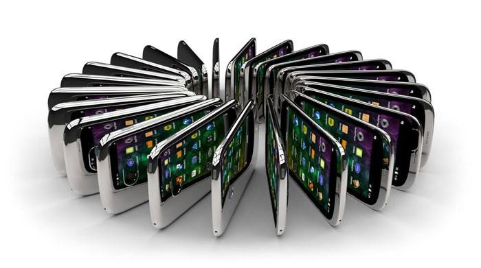 Самсунг иLG могут начать выпускать складные мобильные телефоны внынешнем году