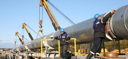 В Башкирии произошел разрыв нефтепровода: в результате выброса нефти загрязнено 1 500 квадратных метров