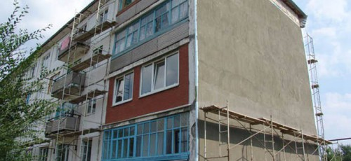 В этом году в республике на капремонт 1 203 многоквартирных домов планируют направить более 2,7 млрд рублей. Почти столько же на эти работы потратили и в 2016