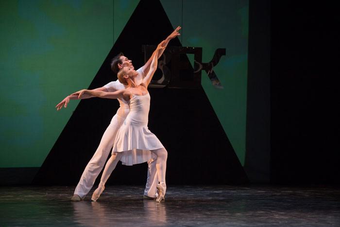Сезон трансляций огромного балета вкино открывается 16октября