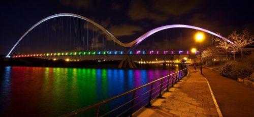Госзакупки недели: фотографии легендарной земли, специальное издание для туристов и подсветка моста