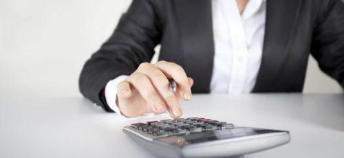 Банки неохотно кредитуют индивидуальных предпринимателей, поэтому они вынуждены обращаться в микрофинансовые организации, где процентная ставка очень высокая