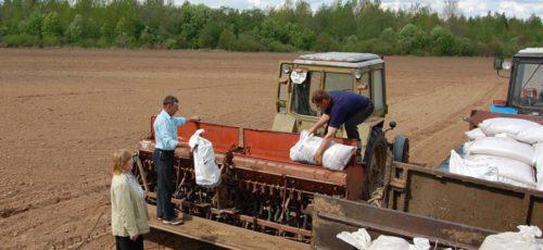 Виктор Карамышев высказался о введении дополнительных законодательных норм, для того чтобы фермеры объединялись в кооперации
