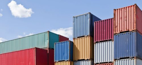 В конце сентября планируют запустить республиканский экспортный Центр для малых и средних предприятий. Региональной несырьевой продукции будет проще попасть на рынке зарубежья