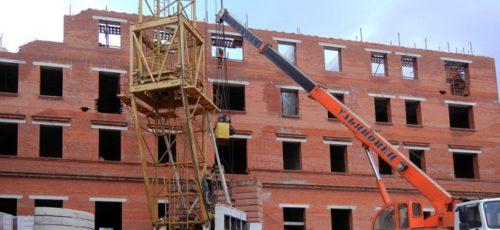 Объемы ввода жилья растут, в то время как 70% населения не могут купить квартиру