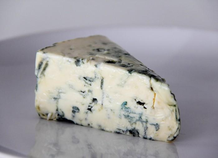 ВУфе уничтожили 13 килограммов санкционного сыра