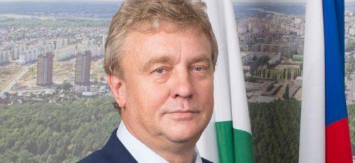 Председатель Горсовета рассказал о том, какие крупные проекты ожидают город в ближайшее время, почему Уфа имеет один из самых маленьких бюджетов, и как власть борется с участившимися случаями вандализма