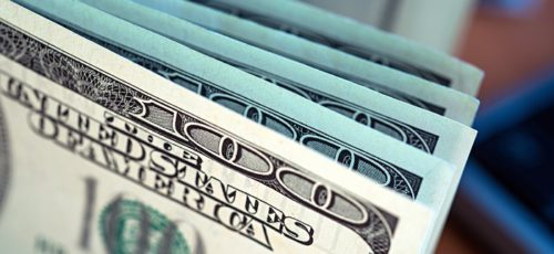 Стоит ли сейчас покупать доллар?