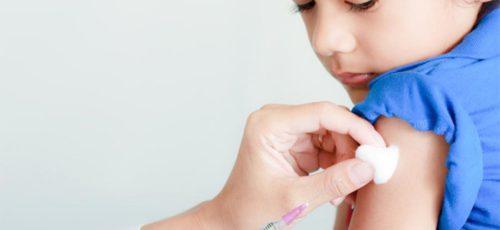 На выполнение плана вакцинации по календарю прививок выделяется недостаточно средств, считают в Роспотребнадзоре республики