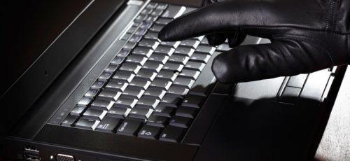Киберпреступники и онлайн-сервисы: как не потерять цифровую личность?