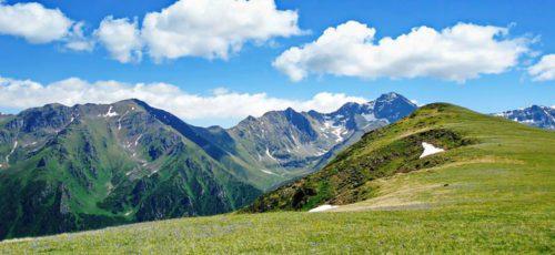 Пять причин поехать на Северный Кавказ ранней весной