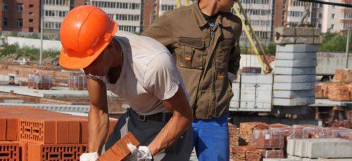 Рустэм Хамитов упрекнул глав муниципалитетов за пиар на теме строительства