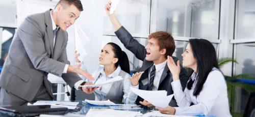 Как управлять эмоциями в коллективе, который в процессе развития проходит четыре обязательные стадии?