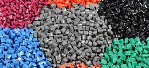 Ученые Массачусетского технологического института разработали пластик, который эффективнее, чем его аналоги, рассеивает тепло