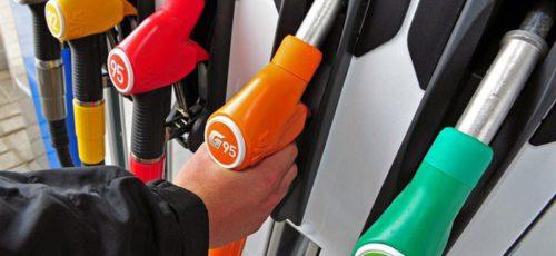 На заправках «Башнефти» бензин подорожал сразу на 70 копеек