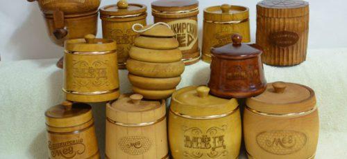 Республика тратит 86 млн «федеральных» рублей на лабораторию, анализирующую качество меда перед поставкой за рубеж. Но стоит ли экспортировать башкирский мед, если российский рынок предлагает более высокую цену?