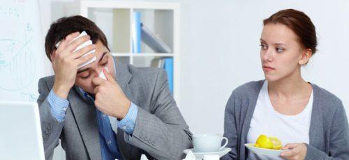77% россиян ходят на работу больными