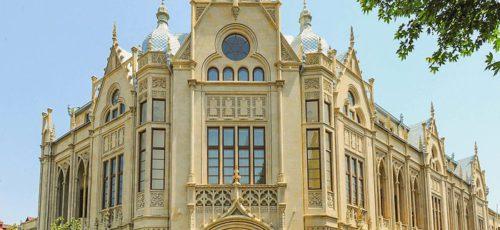 Как насчет небольших каникул в Азербайджане?