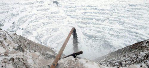 Тлеющий карьер в Сибае затопят к концу марта. Поможет ли?