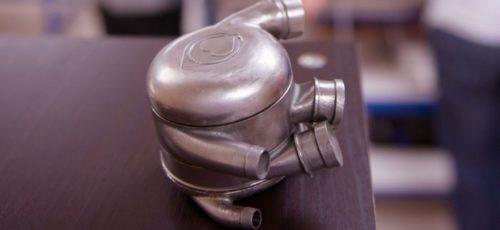 В грудь человека впервые внедрили «бионическое сердце» с возможностью беспроводной зарядки